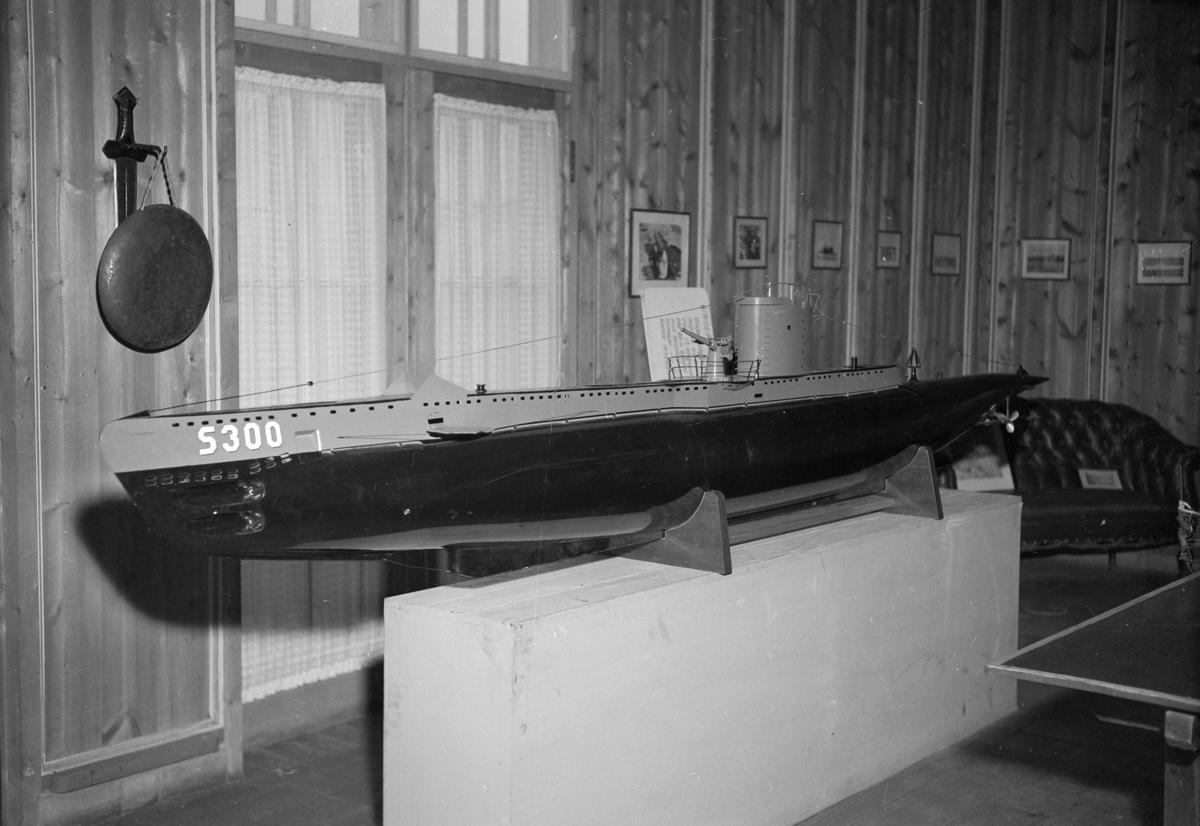 Modell av u-båt S-300 Ula