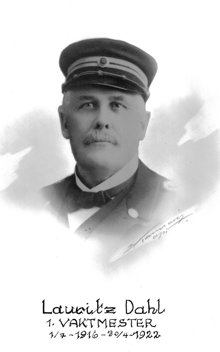 Portrett av Lauritz Dahl, vaktmester ved Botsfengselet