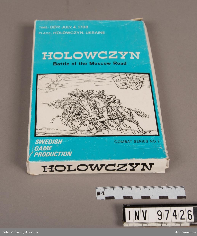 Spelet består av en spelplan som föreställer Holowczyn indelad i hexagoner, en tärning, två plastpåsar med sammanlagt cirka 100 spelmarkeringar i papp i grönt, vitt och blått, samt ett häfte och ett blad med spelinstruktioner och tabeller.