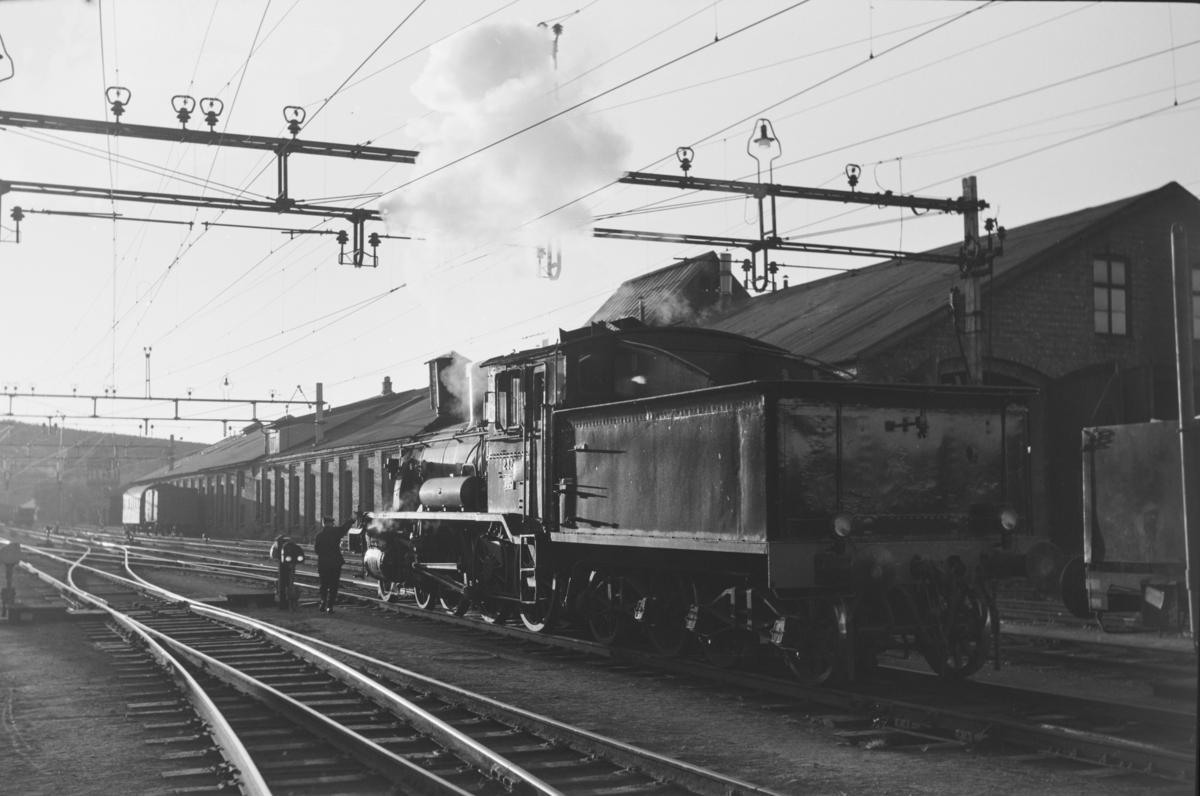 Damplokomotiv type 18c nr. 232 på Kongsvinger stasjon.