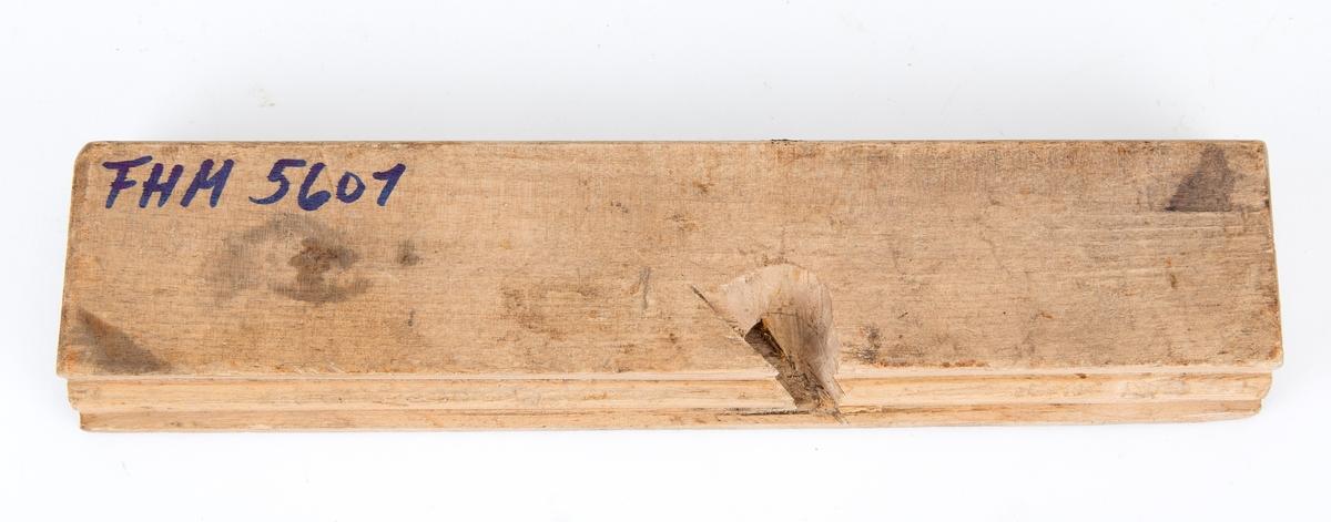 Profilhøvel, snekkerverktøy Tilstand: (høvelen er under utarbeidelse, ikke ferdig?), og den mangler høveltann
