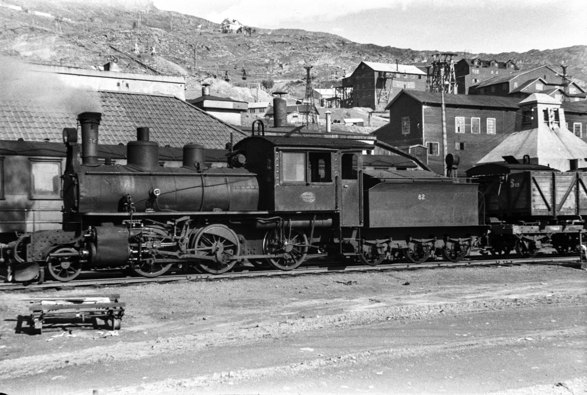 Sulitjelmabanens damplokomotiv nr. 82 i Lomi.