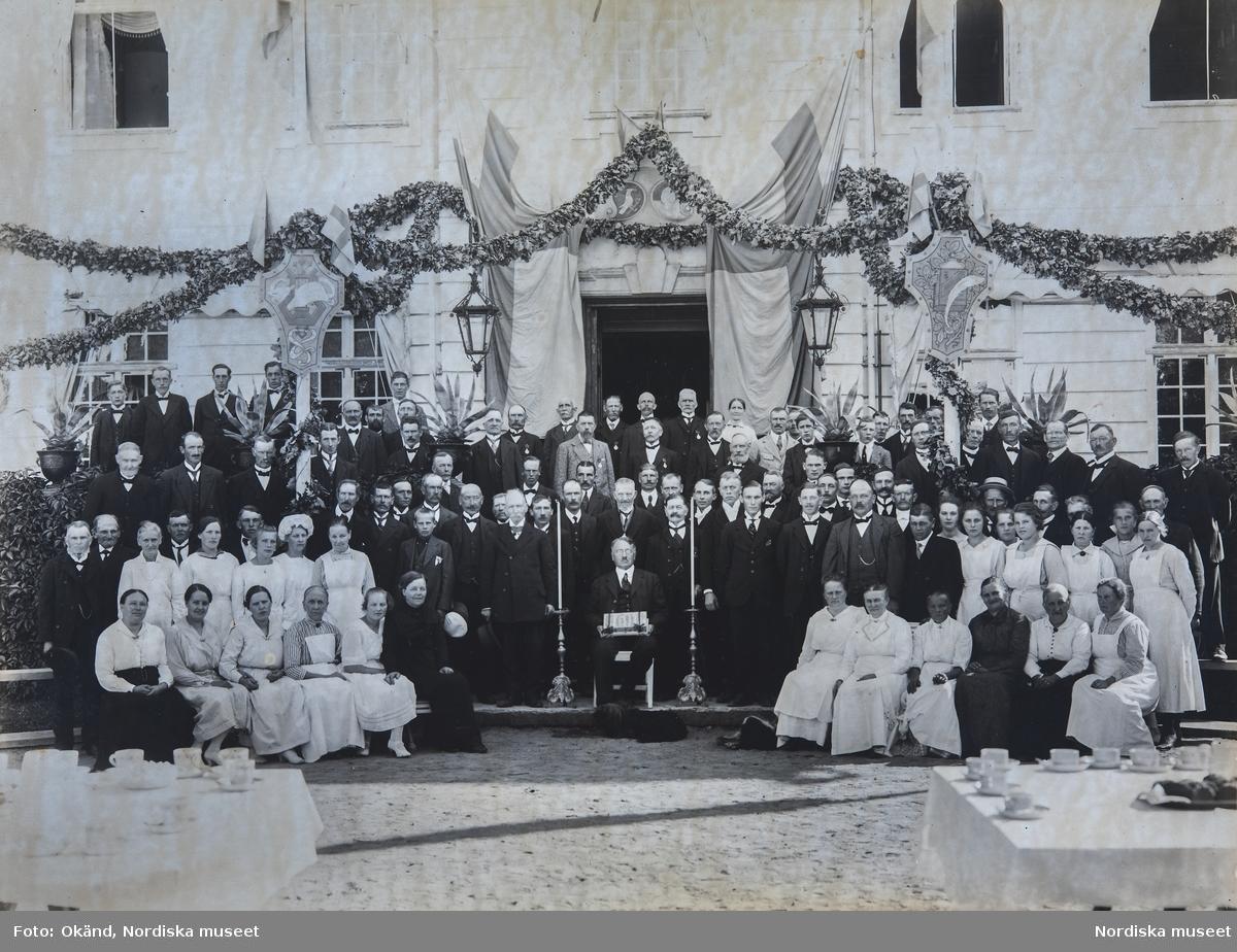 Julita gårds anställda när Arthur Bäckström fyllde 60 år 1921.