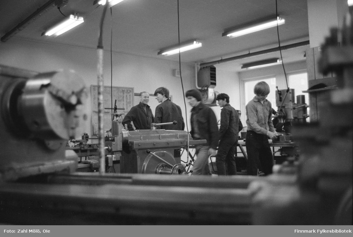 Vardø yrkesskole i 15. mai 1970.