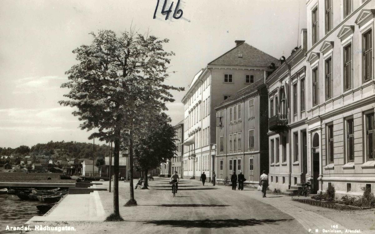 Stedsbilder Arendal - Rådhusgaten Enkelteiendommer mnr 238 - nr 2208