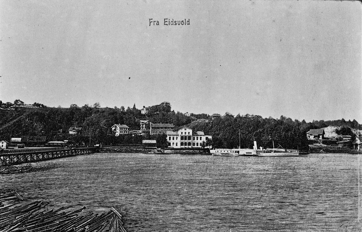 Eidsvoll stasjon og Skibladner