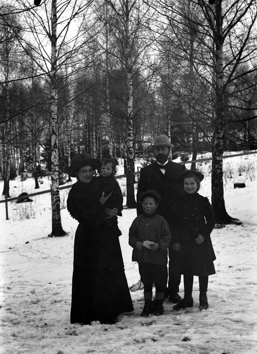 Jon Sørensen med familie