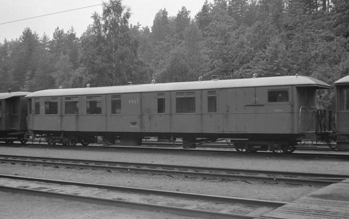 Setesdalsbanens person-, post- og konduktørvogn nr 224