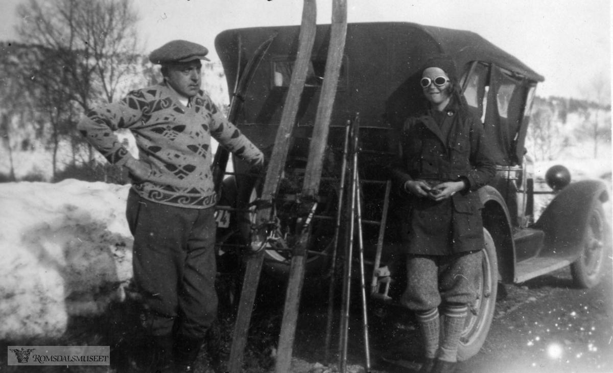 Battenfjordsfjellet. .Chevrolet ca 1927 mod, med reg nr T-2024..(Schistad albumer)