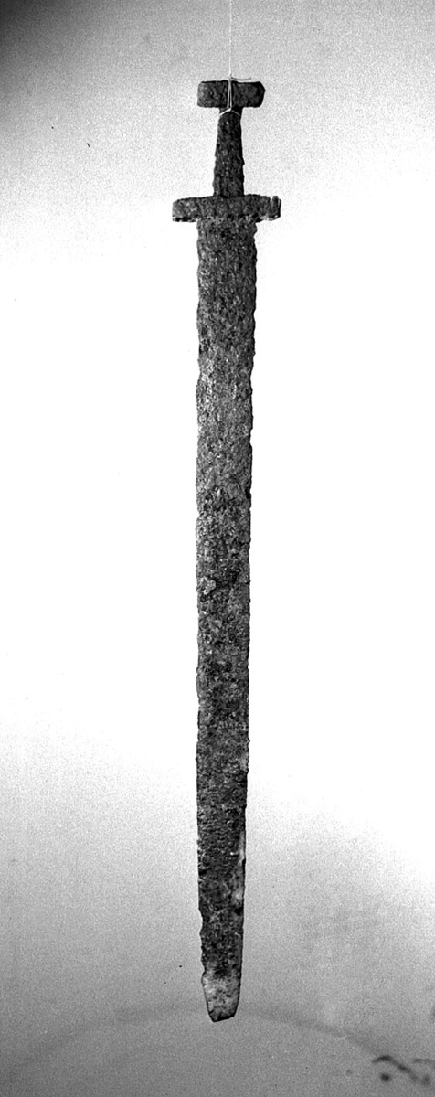 Sverd (oldsaksfunn)