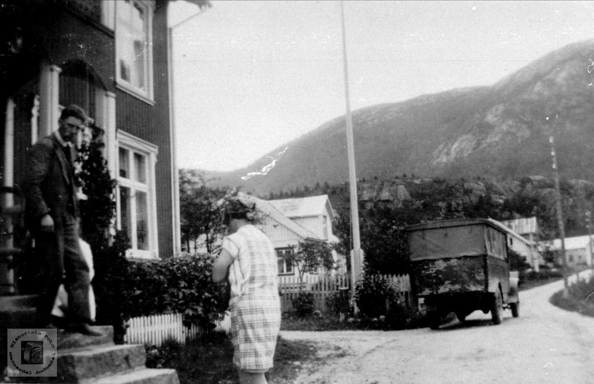 """Utafor """"Hotellet"""" i Kyrkjebygd i Åseral."""