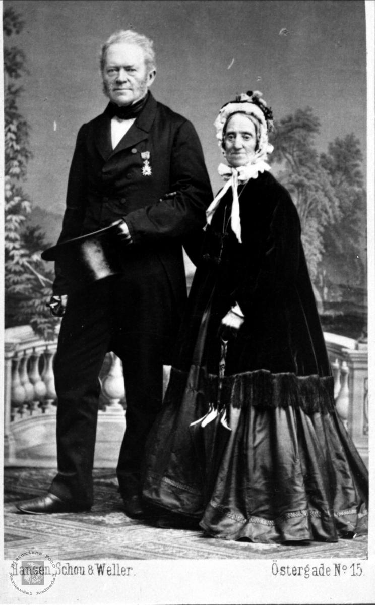 Ekteparet Mons Lier og kona.