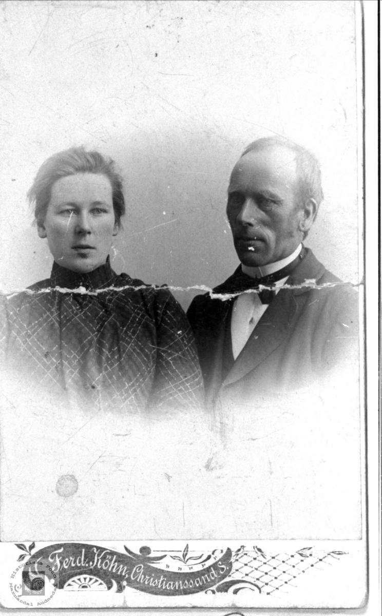 Søskenportrett Thorine og Reinert Ausland, Øyslebø.