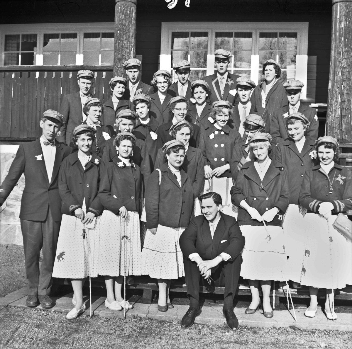 Russ og lærer ved Eidsvoll Landsgymnas.